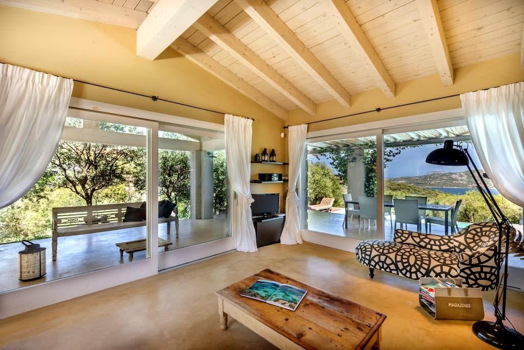 sea view villa with pool  - Cugnana