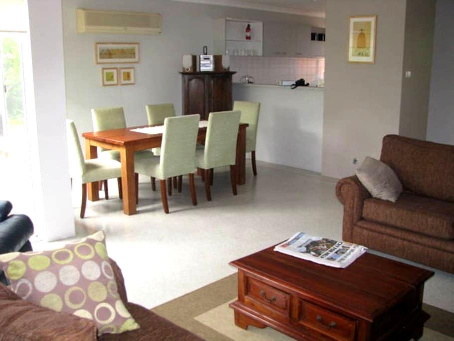 Broadwater Resort Executive Villa - Broadwater