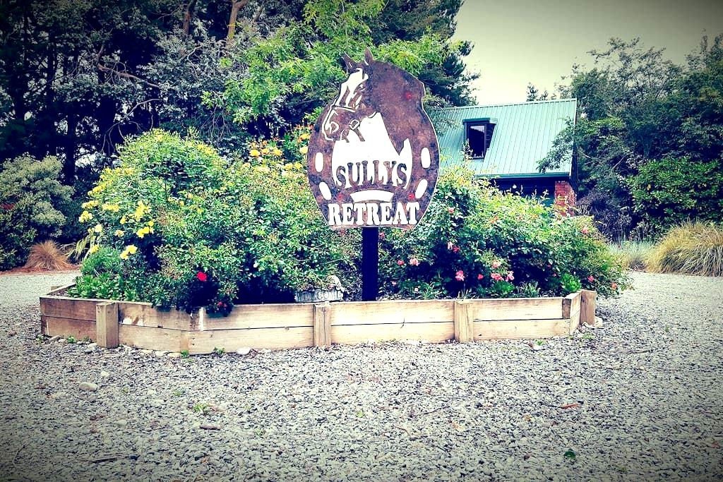 Sully's Retreat - Dunsandel