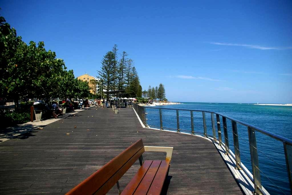 Budget, Central, Private Room, Pet Friendly - Golden Beach