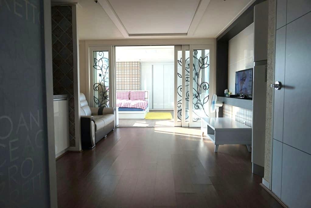 ♡Melody House♡ 해운대 해변 최고의 위치 깨끗한 숙소 - 해운대구 - อพาร์ทเมนท์