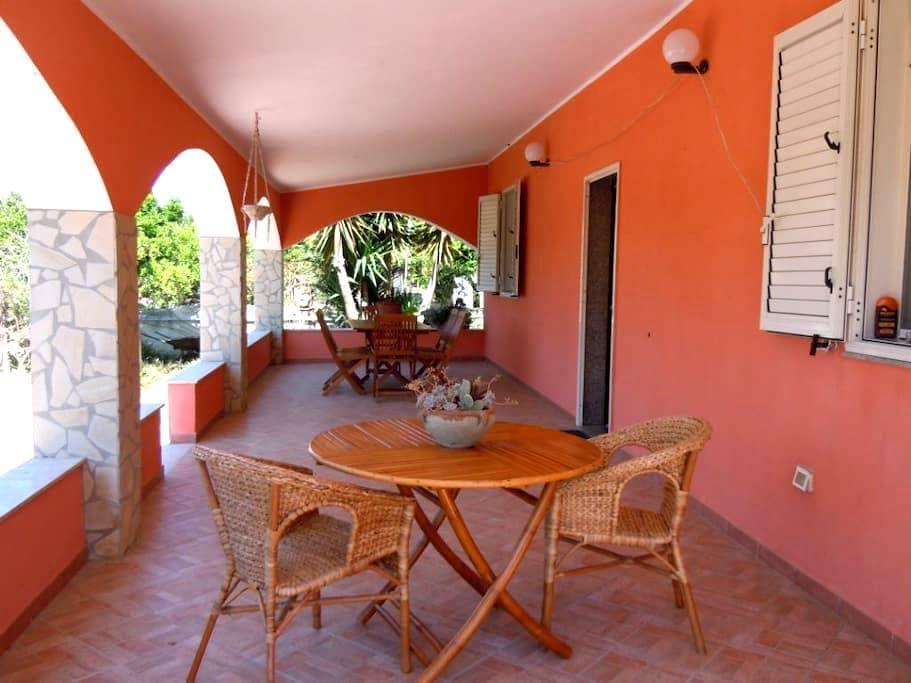Villa Rossa elegante pieno relax  - Fanusa - 단독주택