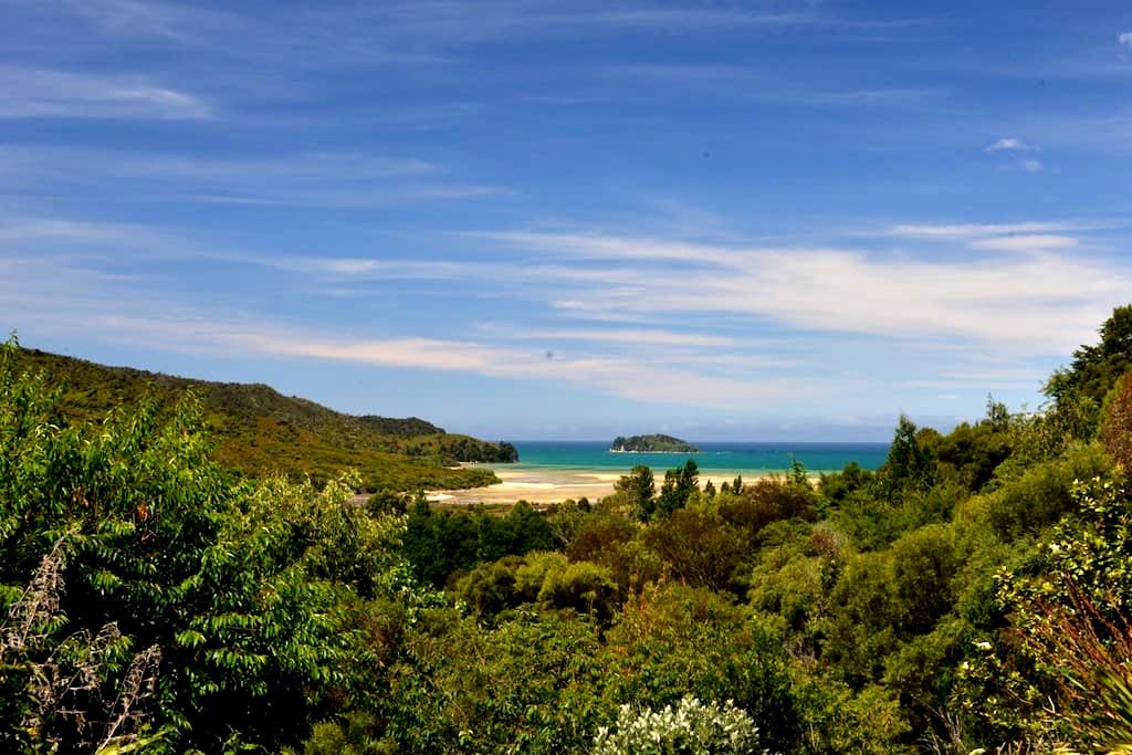Apartment on Abel Tasman Park & Bay - Marahau - Leilighet