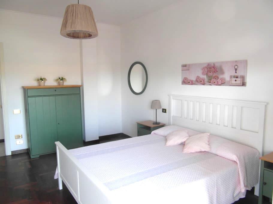 Maison Michel: Penthouse between Lake a Sea - Viareggio - Pis
