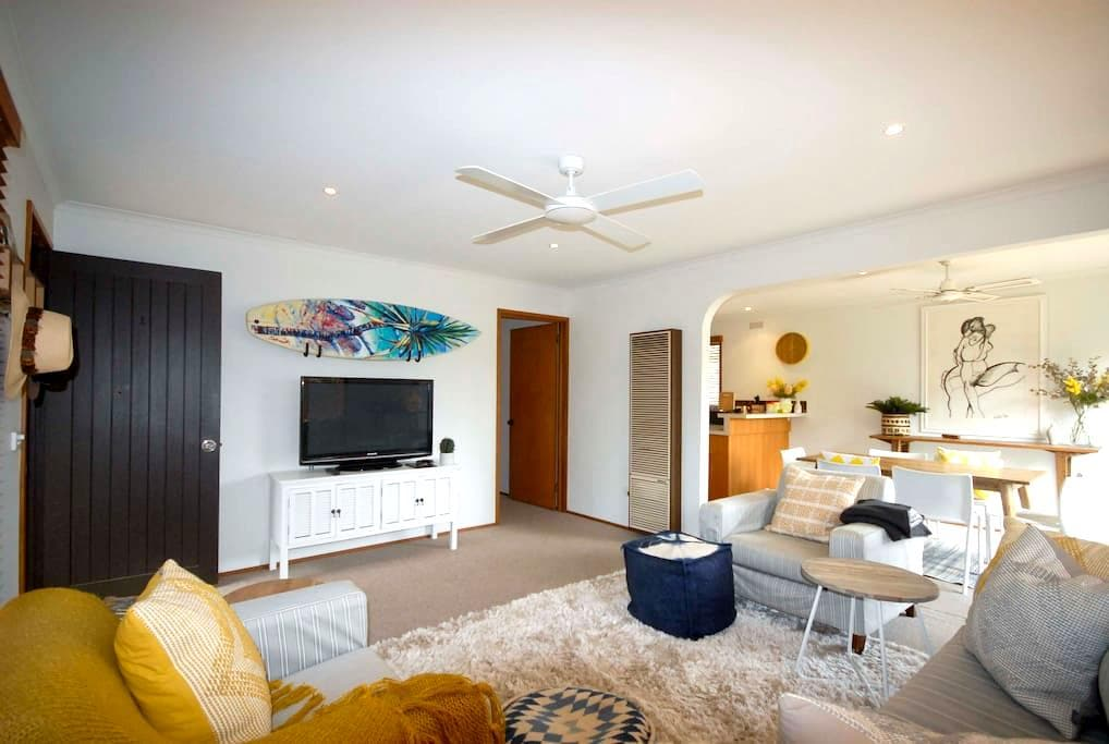 Cosy,comfy & stylish Lonnie Pad - Point Lonsdale - House