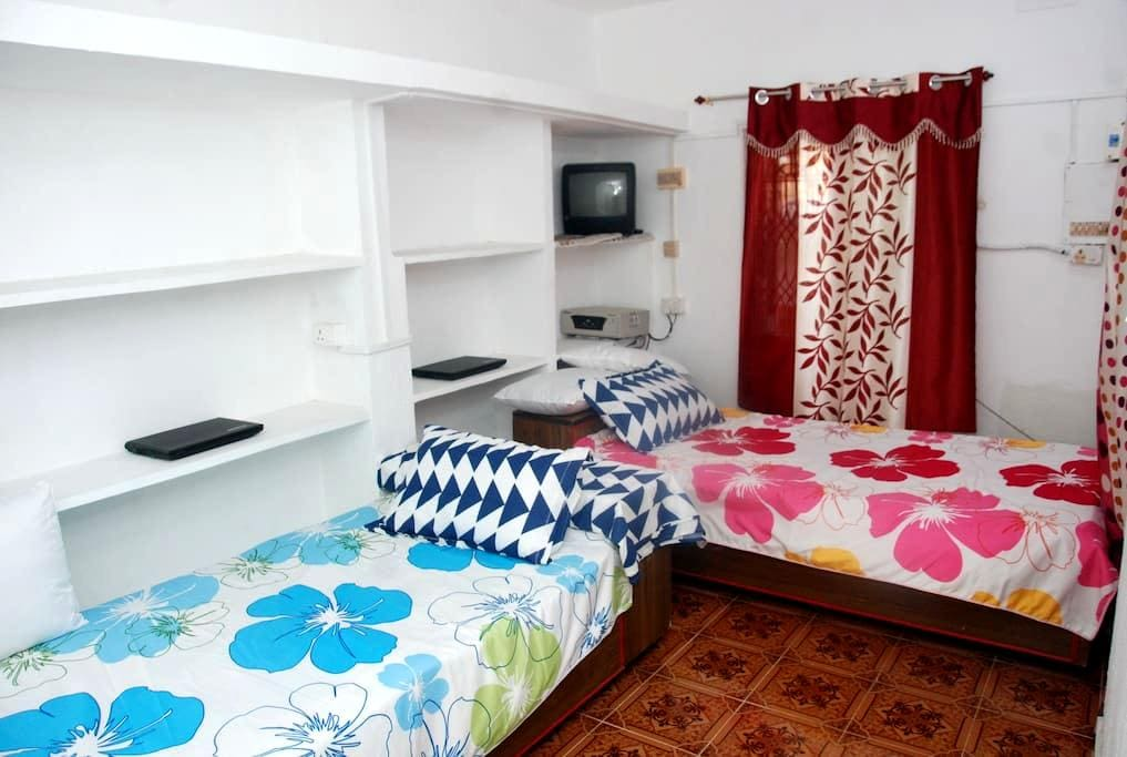 Airport Free Pick Up&Drop/AC/Breakfast nr. airport - Chennai - House