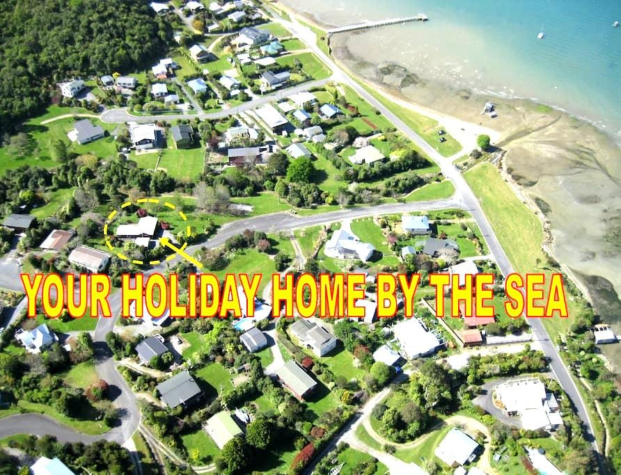 YOUR HOME BY THE SEA - HOLIDAY HOME - Anakiwa