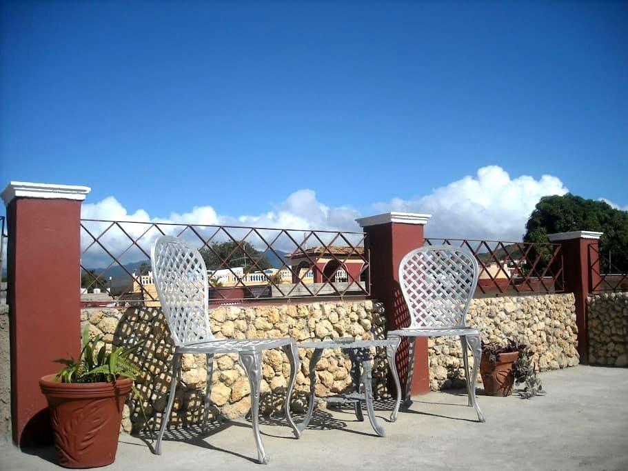 Apartamento con vista a la montaña. - Trinidad - Apartment