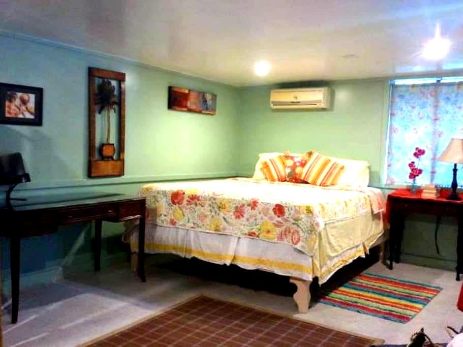 CHARMING TROPICAL COTTAGE  - Pago Pago - Bungalow