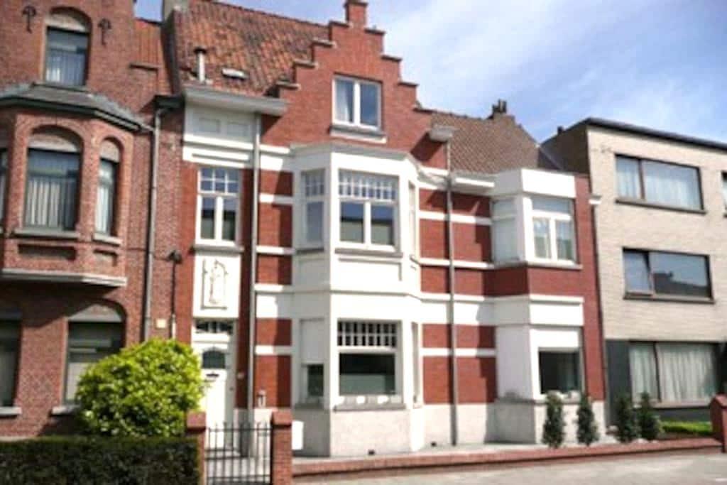 Biminthus Bed and Breakfast - Bruges - Szoba reggelivel
