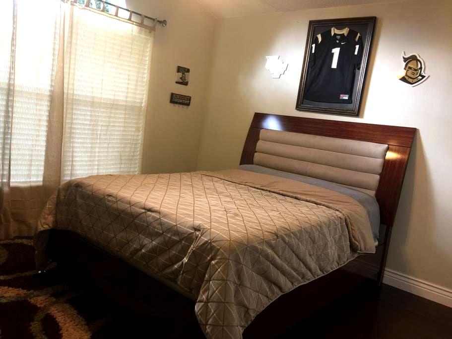 The Airbnb Knights Room - Orlando - House
