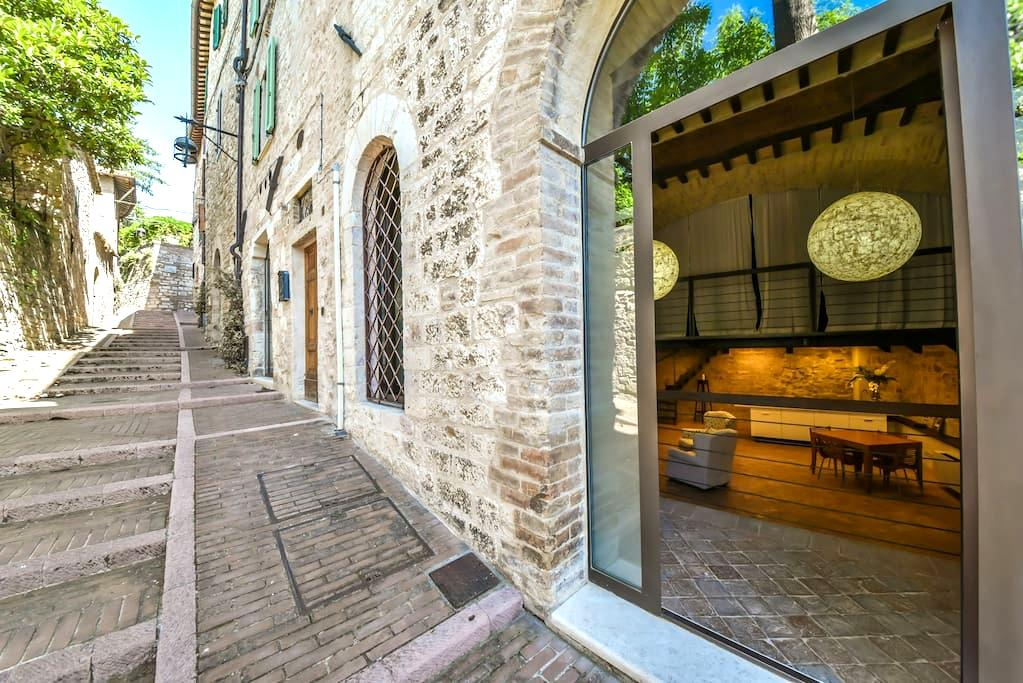 Assisi- loft minimal chic 2-4 beds - Assisi - Apartment