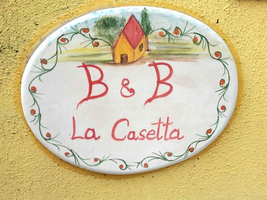 B&B LA CASETTA - Giugliano in Campania