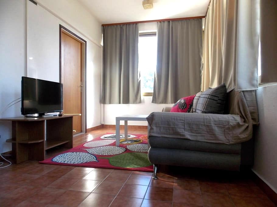 Sunny apartment (2+2) - Rab - Appartement