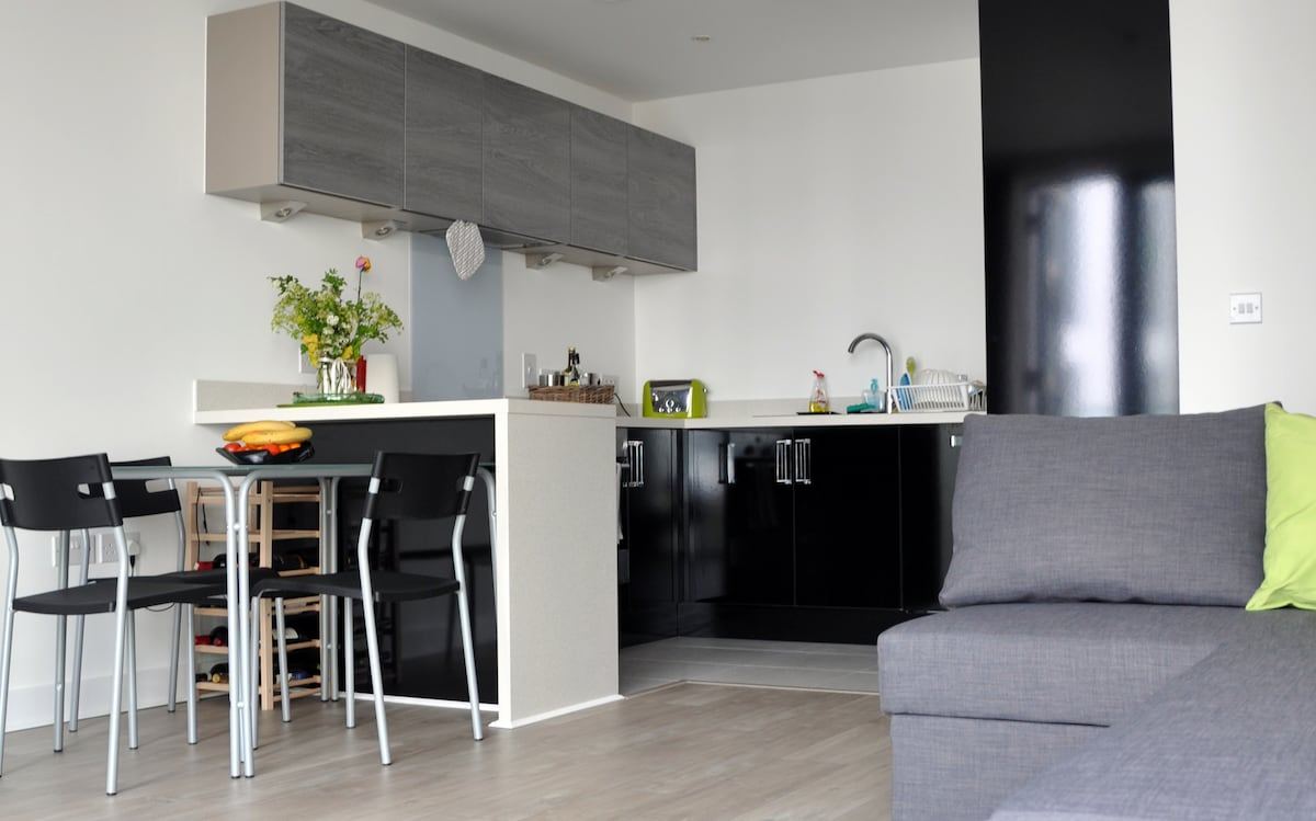 Modern flat in Harbourside Bristol