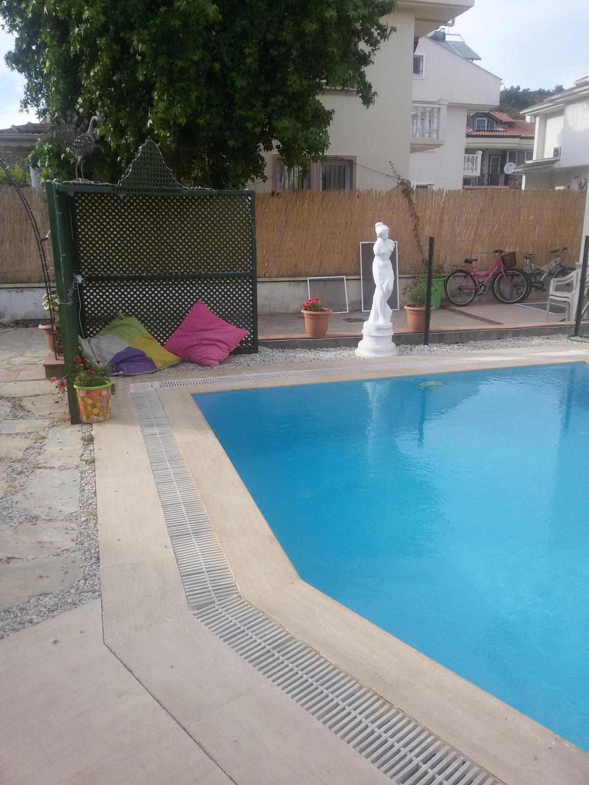 Fethiye de müstakil havuzlu villa