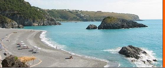 CALABRIA villas 3 km from beach