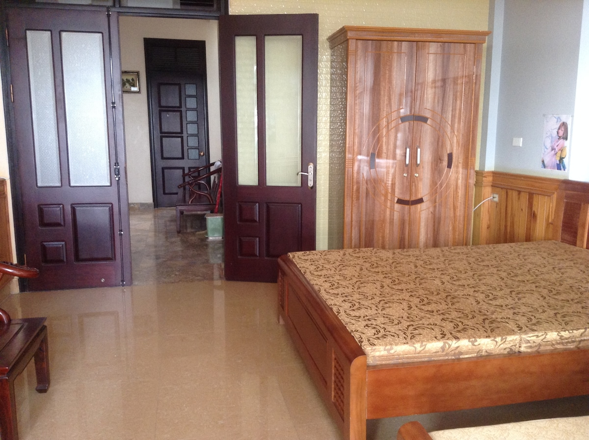 Guest house in central of Ha Long