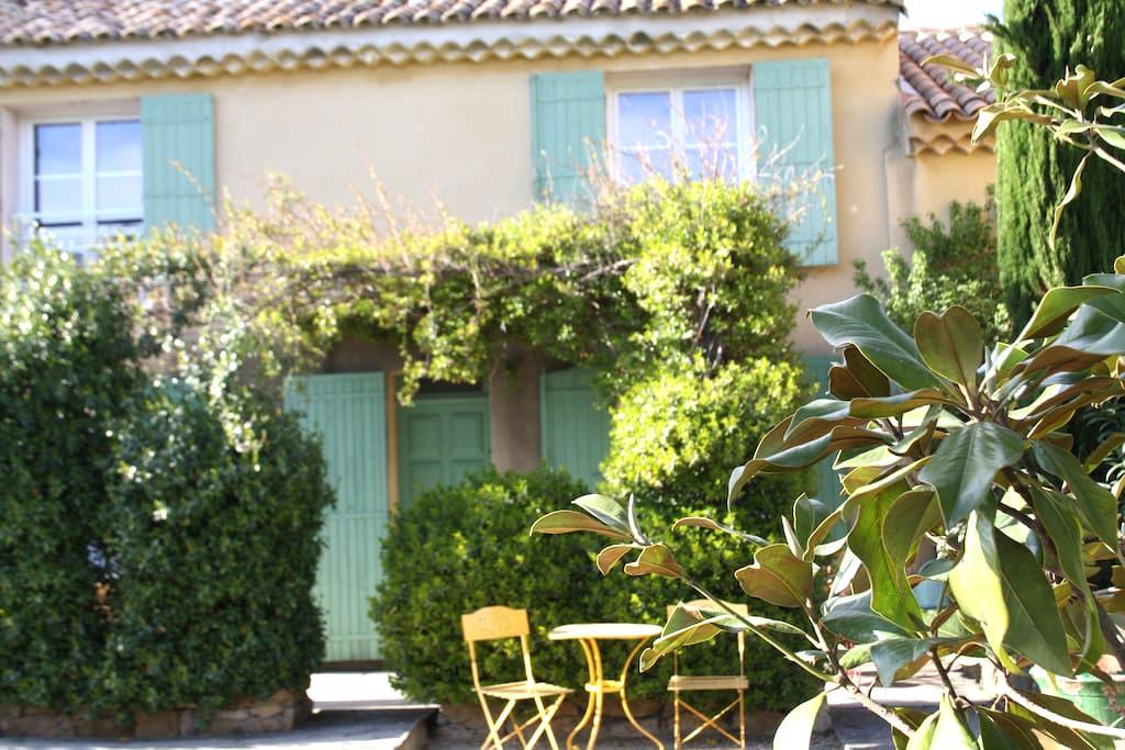 Chambre cosy dans villa Provençale - Orange