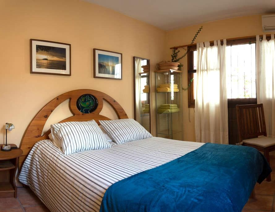 Double Bedroom with independent access - Altea - Hus