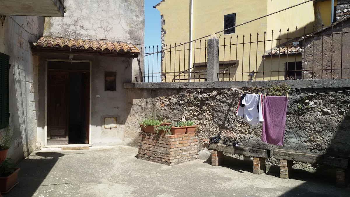 Relax in Umbria: a house in Giove