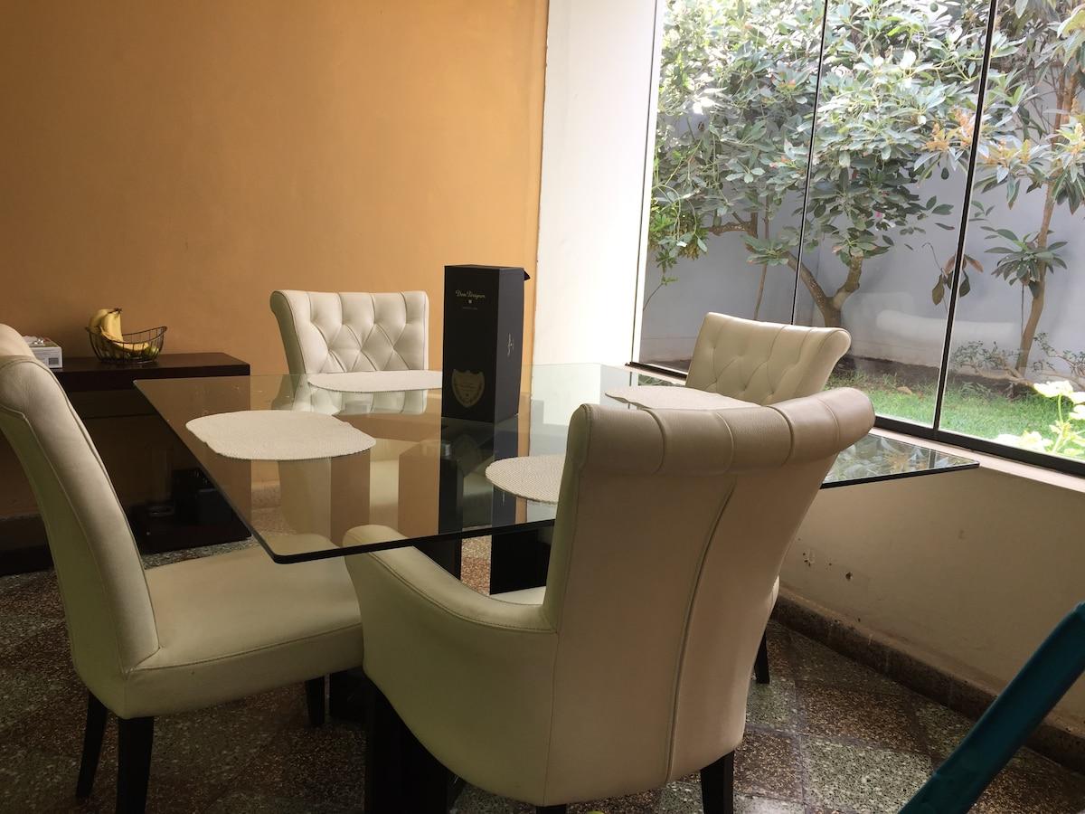 Habitación en Miraflores San isidro