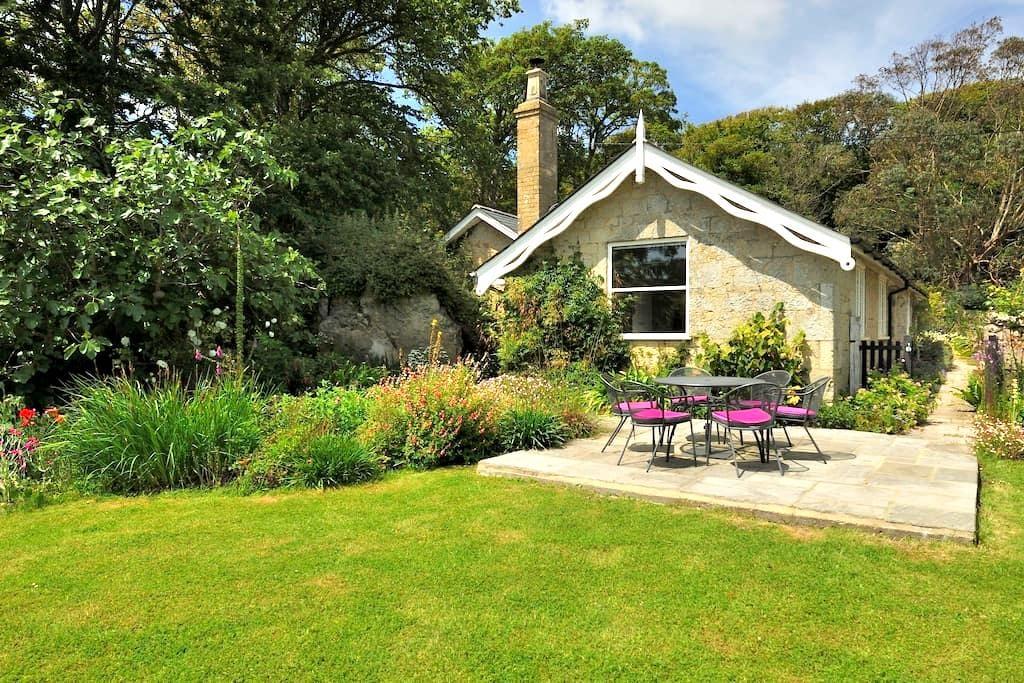 Lovely Coastal Detached Cottage - Niton - Maison