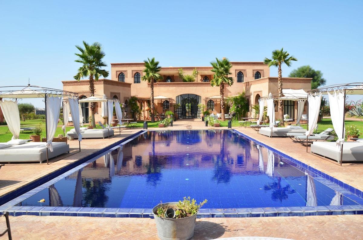 villa de 7 chambres,maison d'hôtes