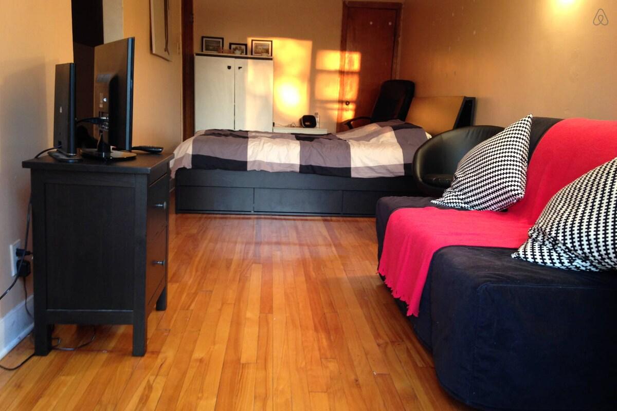 Appartement COMPLET meublé, équipé!