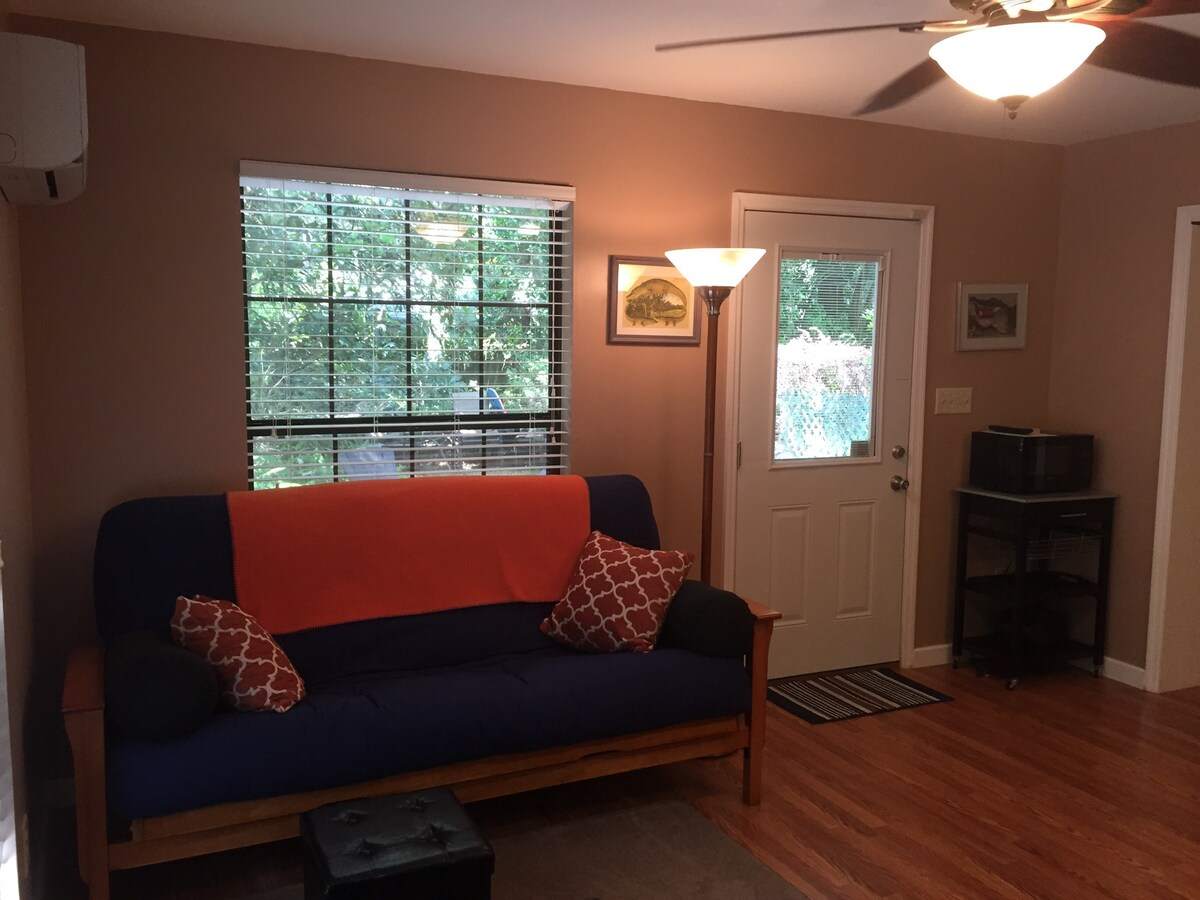 one bedroom efficiency near uf apartments for rent in gainesville florida  united states. One Bedroom Apartments Gainesville Fl Near Uf        Looking Glass