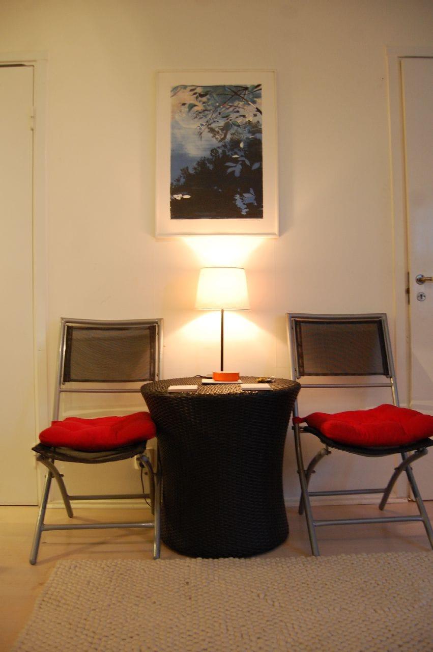 Sharing studio apartment in Söder