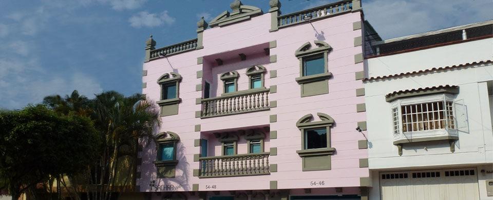 Sachar Plaza apartaestudios