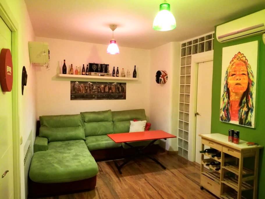 Habitacion en Malasaña - Madrid - Haus