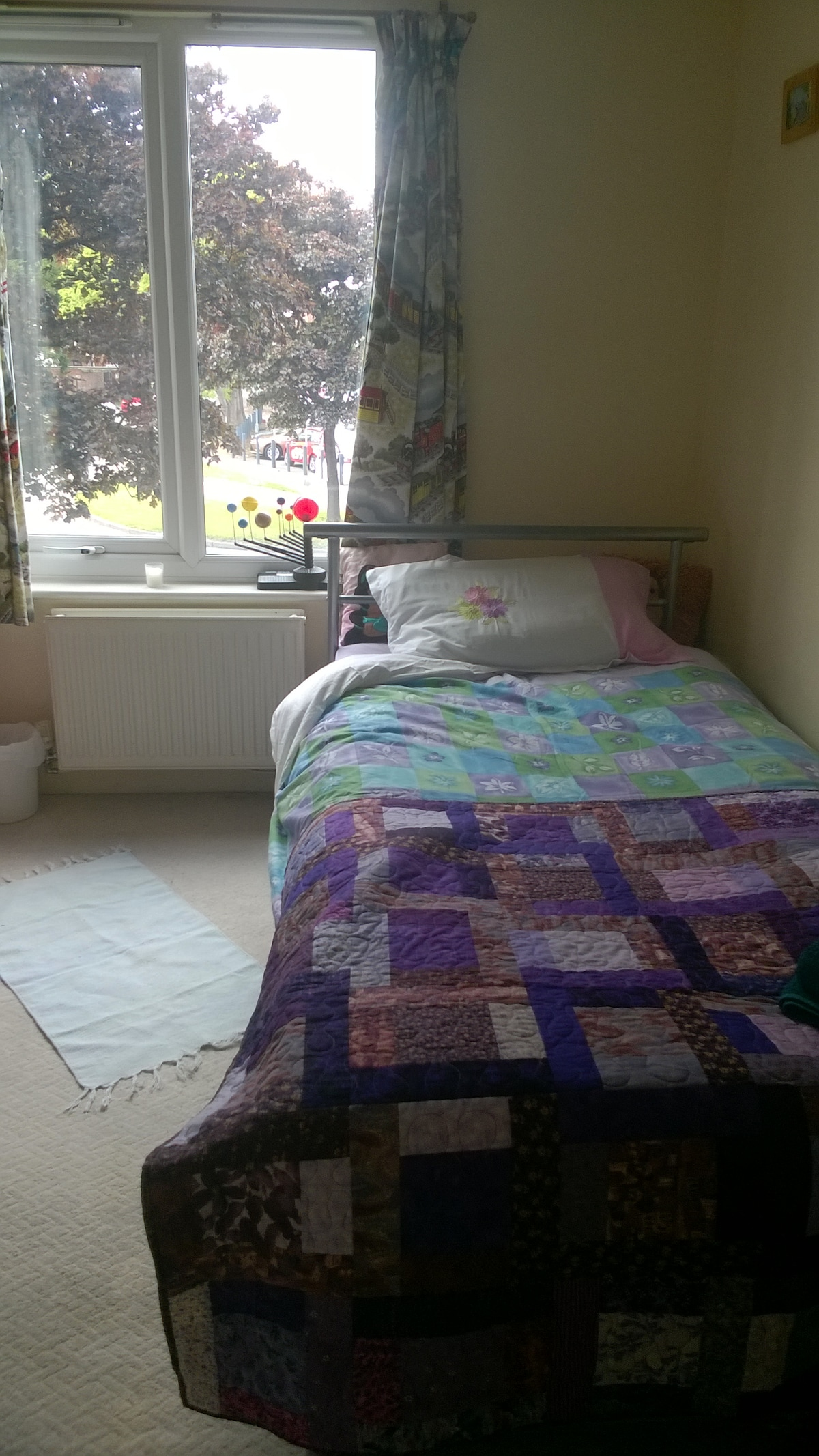 Single room available in apartment