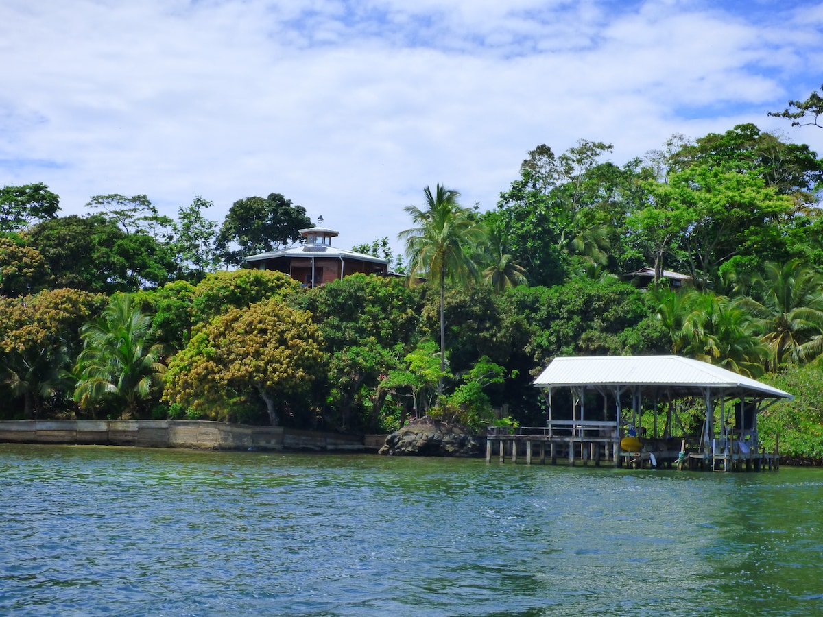 The Mango Point eco-lux home