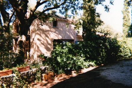 Maison 85 m2 entourée d'arbres