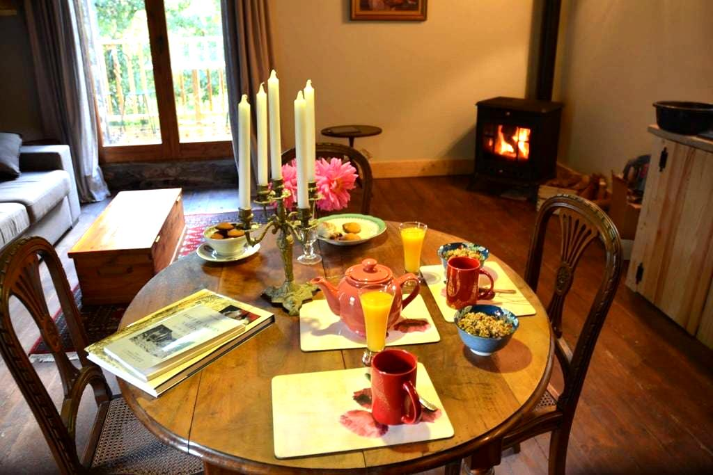 Rustic Luxury - Self Catering Gite - Corsavy - 샬레(Chalet)