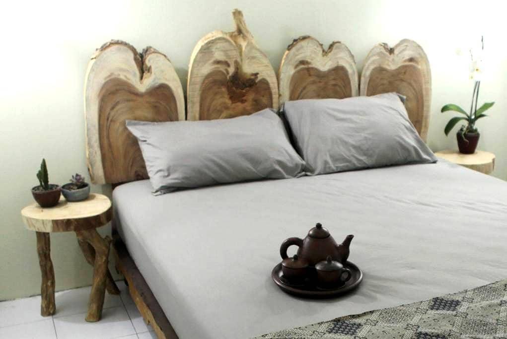 [ART] House of Nasi Bungkus - Nasi - Yogyakarta - Bed & Breakfast