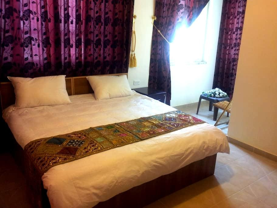 Double Room or Twin in Down Town - Amán - Bed & Breakfast