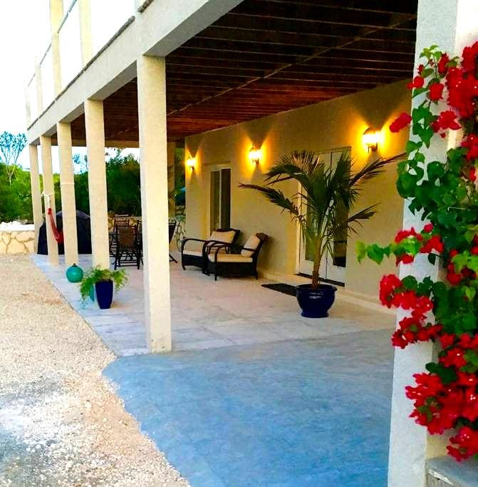 Seascape Ridge Apt. - Caicos Islands - Appartement