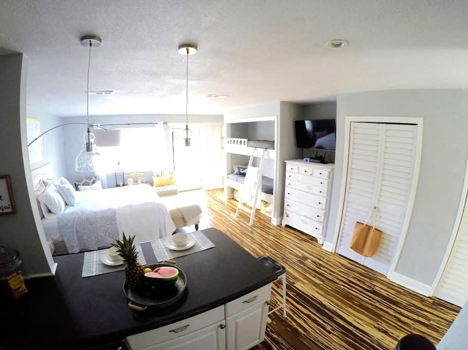 Seaside Studio Condo In Destin - Destin