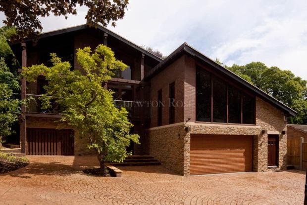 Award-Winning luxury home w/pool