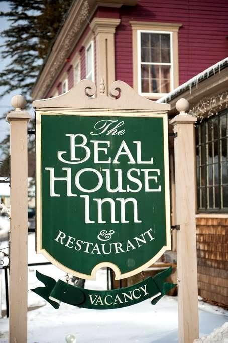 The Beal House | Washington Room - Littleton - Bed & Breakfast