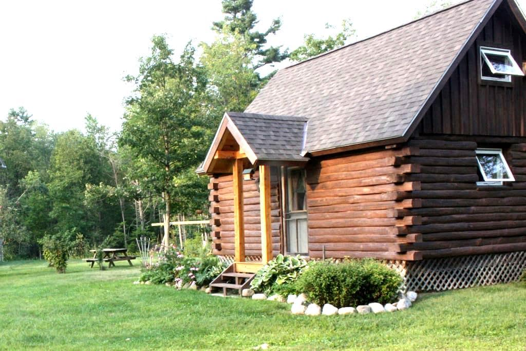 Log Cabin near Middlebury & Brandon - Leicester - Zomerhuis/Cottage