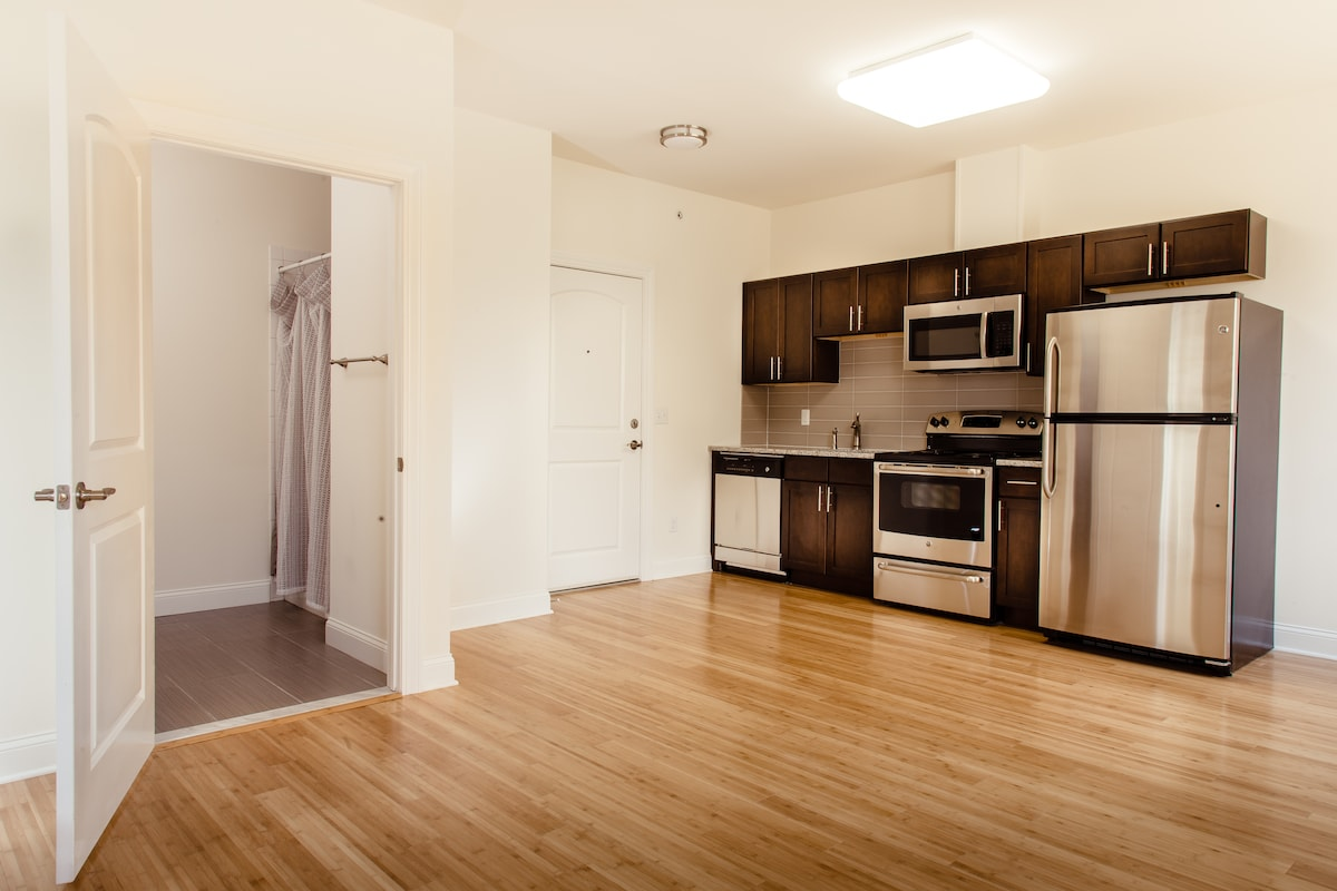 New Apt 109 Near College Av Rutgers