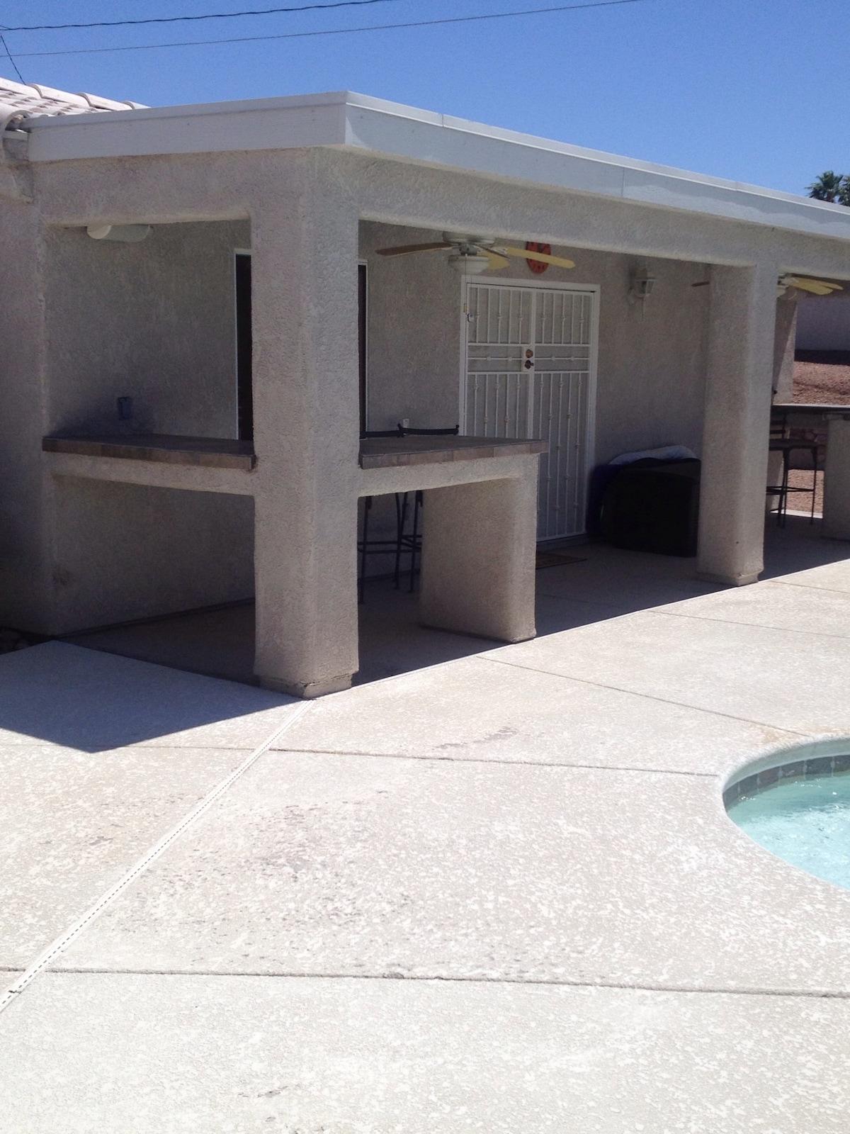 Cozy Private Casita,kitchen & pool!