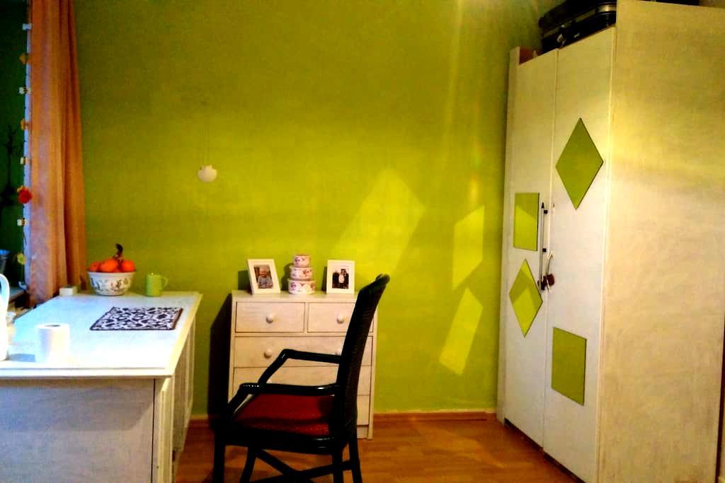 Cozy room in Bremen Nord - 브레멘 - 아파트