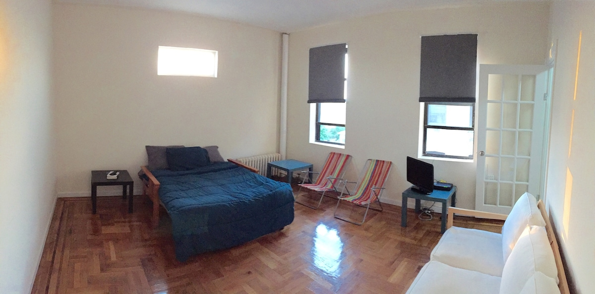 Spacious private room at Brooklyn!!