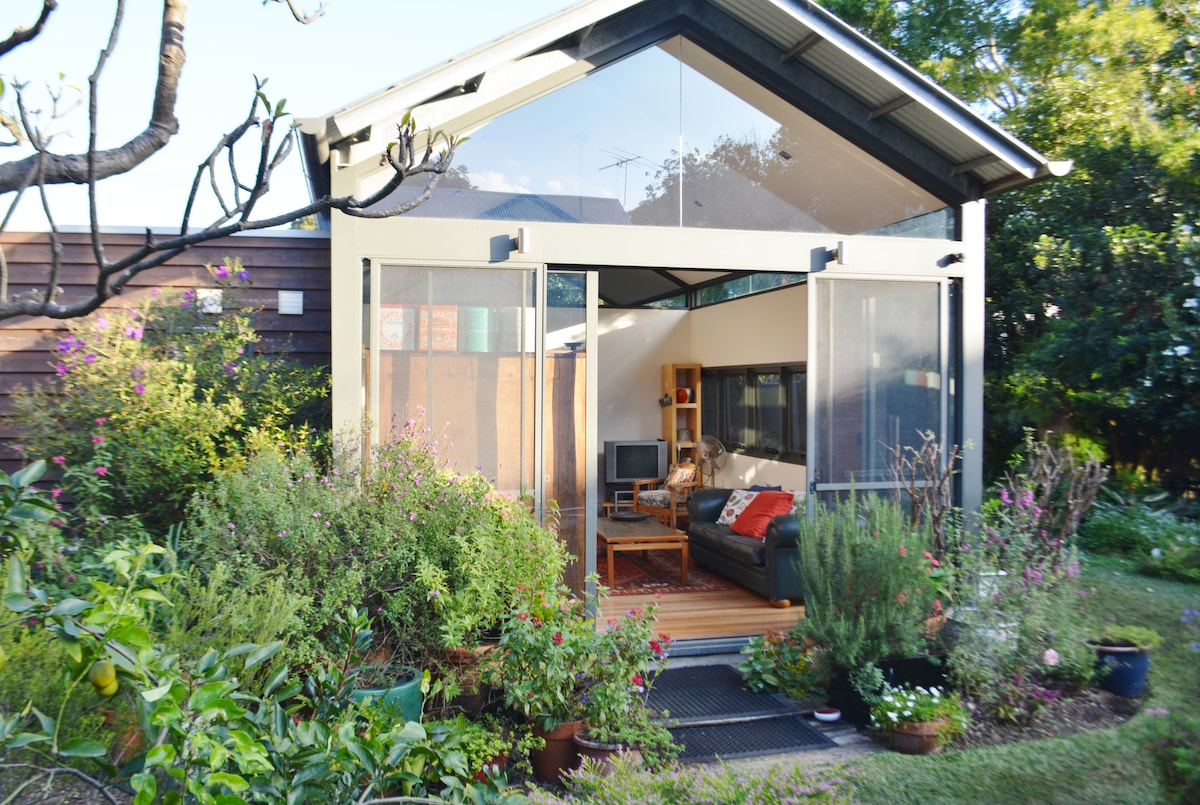 Self Contained Garden Studio