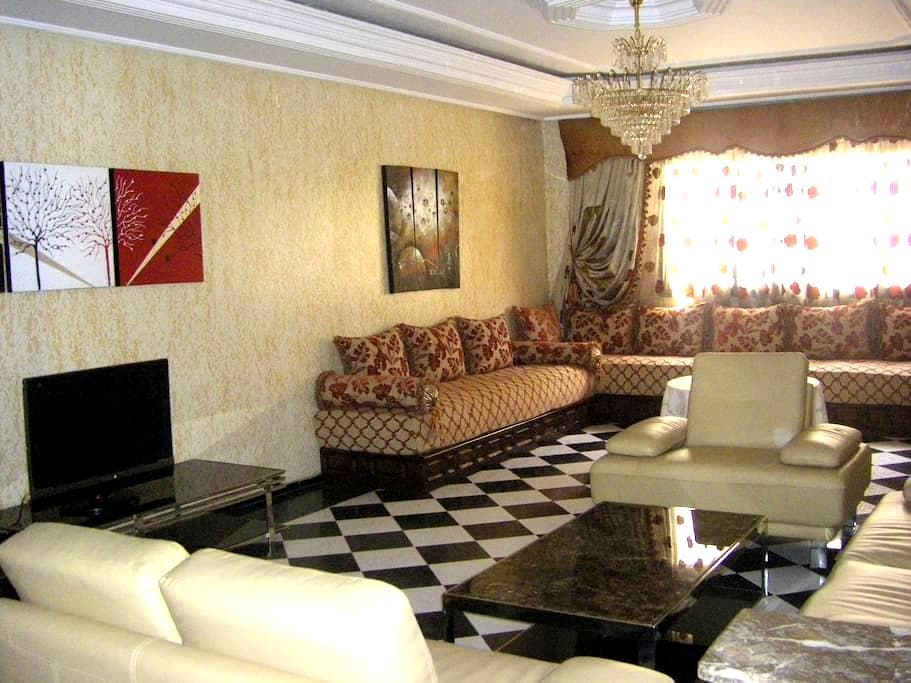 Fabulous flat in heart of Tangier - Tanger - Huoneisto